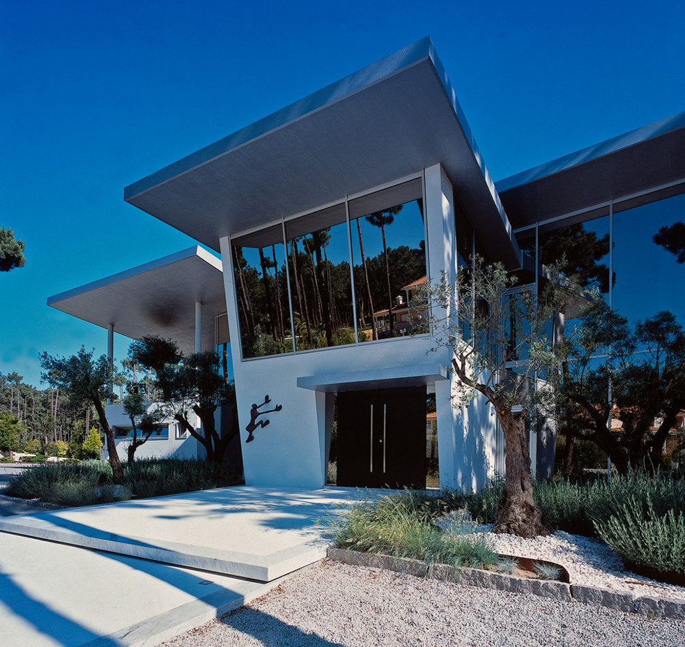 eao portugal arquitectura moradia sonhos herdade da aroeira sul de lisboa. Black Bedroom Furniture Sets. Home Design Ideas